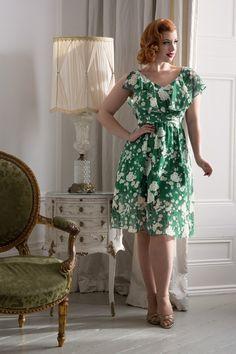 Vixen 50s Agatha Floral Swing Dress in Green #MissVictoryViolet