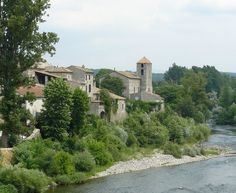 """Lanas : le nom de ce village signifie en ardéchois """"laine de mouton"""","""