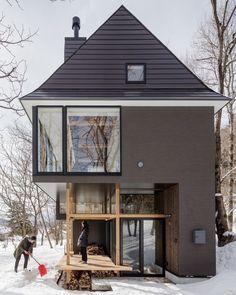 Nojiri-ko Nature Platforms 🖋 @sugawaradaisuke 📸 @jeremiesouteyrat 📍 #Japan #House #Home #Snow #Landscape #Window #Wood #architecture #wow #picoftheday #adphotooftheday #architecturephotography #archdaily #instagood #iphonesia #photooftheday