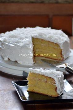 Torta de Coco Citrus Recipes, Sweet And Salty, Kitchen Recipes, Vanilla Cake, Mango, Coconut, Cupcakes, Sweets, Cookies