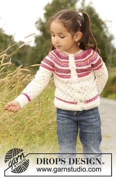 "Knitted DROPS jacket with round yoke and multi-colored pattern in ""Alpaca"". Size 3 - 12 years."