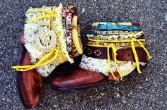 Belt boots