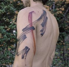 Minimalist Tattoos by Lee Stewart Mimic the Graceful Flow of Ink