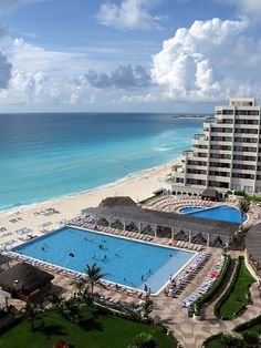 Crown Paradise Club, Cancun Headed here this summer for the 4th time..love it here..