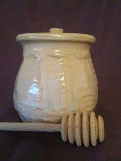 Check out this item in my Etsy shop https://www.etsy.com/listing/229483421/honey-glazed-honey-pot-by-angela-graham
