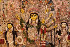 Happy Navratri Wishes, Whatsapp Status Navratri Special Photos and Navratri Status Chaitra Navratri, Navratri Special, Happy Navratri Wishes, Happy Navratri Images, Festivals Of India, Indian Festivals, Goddess Art, Durga Goddess, Gowns