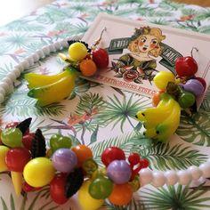 Carmen Miranda tropical set // Lucite earrings and by RetroResins