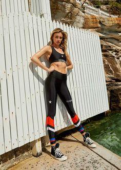 Circuit Racer Legging Star Print, Workout Wear, Shapewear, Black Leggings, Squats, Circuit, Thighs, Girly, Sporty