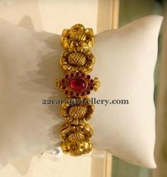 Latest Collection of best Indian Jewellery Designs. Gold Bangles Design, Gold Jewellery Design, Designer Bangles, Antique Jewellery, Designer Jewelry, Ruby Bangles, Silver Bracelets, Bangle Bracelets, Necklaces