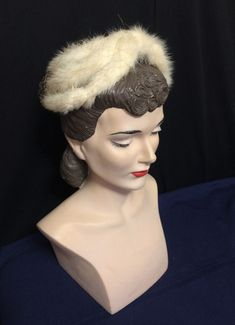 Vintage Blonde Mink Half Hat from Joseph Horne Co Vintage Hats, Vintage Ladies, Toddler Summer Dresses, Macrame Owl, Cocktail Hat, Winter Outfits Women, Mink Fur, Hat Pins, Joseph