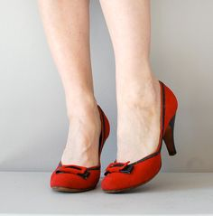 50s red shoes