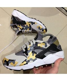 best sneakers 35469 8b64f Nike Air Huarache Custom Camo Gold Grey Trainer Camouflage style, put on a  very unique
