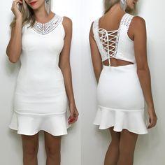 (Promoção Especial} Vestido branco por R$13990 a.v.! Garanta já o seu ! Compre pelo site http://ift.tt/PYA077.  Dúvidas ou informações pelo whats 47 9953-1716.  Agende sua visita em nosso showroom em Jaraguá do Sul!