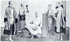 Evening clothes by Jeanne Paquin, Paris 1925 Exhibition   Flickr: Intercambio de fotos