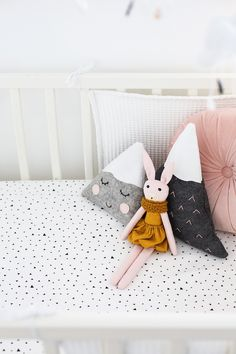 Nursery Tour | sweet decor details