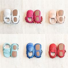 Hard Sole Leather Baby Moccasins - 18 Colors! Baby Moccasins, Covergirl, Free Items, Little Ones, Baby Shower Gifts, Floral Tops, Baby Shoes, Boutique, Jeep