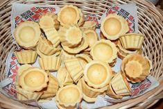 Aluat fraged pentru mini tarte sărate - Rețete pentru toate gusturile Baby Food Recipes, Snack Recipes, Dessert Recipes, Cooking Recipes, Pumpkin Bars, Baked Pumpkin, Savory Muffins, Good Food, Yummy Food