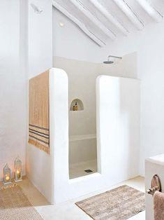 Un baño reformado en una vivienda rural que es pura inspiración hasta para los más urbanitas www.keli.es ::: La inmobiliaria que mola. BARCELONA - #decoracion #homedecor #muebles