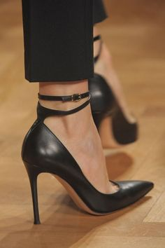 When I have occasion to wear heels, I want them to be these!  Valentin Yudashkin Spring 2013