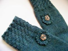 Hey, I found this really awesome Etsy listing at https://www.etsy.com/listing/87065573/wool-mittens-hand-knit-with-shell-button