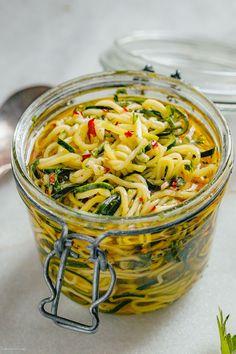 Zucchini Noodle Recipes, Zuchinni Recipes, Zucchini Noodles, Vegetable Recipes, Grilled Zucchini Recipes, Diet Recipes, Vegetarian Recipes, Healthy Recipes, Vegan Zoodle Recipes