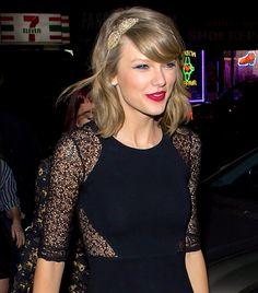 Taylor's headband is so adorable!