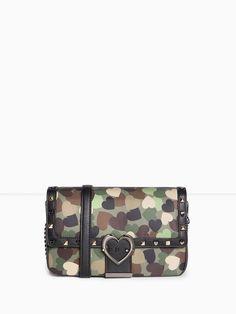 Motivi borsa camouflage a cuori € 79.00 2017 #bag #heartprint #falltime #howtowear