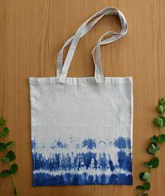 Tote bag tie dyed with blue color. Find more unique designs in my Etsy shop! Shibori Techniques, Bag Design, Tie Dyed, Canvas Tote Bags, Different Styles, Cotton Canvas, My Etsy Shop, Reusable Tote Bags, Unique
