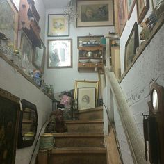 Forever vintage fashions for your inspiration. Piskel Art, Dream Apartment, New Wall, My New Room, Architecture, My Dream Home, Future House, Room Inspiration, Interior And Exterior