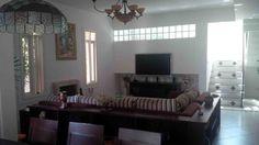 #Sala com 3 ambientes (#Ante-sala, #Sala de #Estar e Sala de #Jantar) Sala de Estar com #Lareira e #Mini-Adega na parede (30 garrafas)