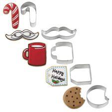 Wilton® Christmas Cookies For Santa Metal Cookie Cutter Set Metal Cutter, Metal Cookie Cutters, Cookie Cutter Set, Wilton Cake Decorating, Cake Decorating Tools, Christmas Desserts, Christmas Cookies, Cake Craft, Wilton Cakes