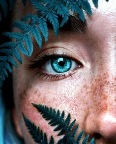Beautiful Eyes Color, Pretty Eyes, Photo Oeil, Photographie Portrait Inspiration, Aesthetic Eyes, Eye Photography, Umbrella Photography, Mobile Photography, Photography Tutorials