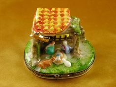 http://www.limogesfactory.com/limoges-boxes-and-figurines/nativity-P4722.html Nativity