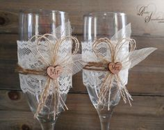 Hand Decorated Wedding Champagne Glasses - Handmade Wedding Flute Glasses, Bridal, Wedding Decoration - Set of 2 glasses - Bride and Groom Wedding Toasting Glasses, Wedding Champagne Flutes, Champagne Glasses, Wedding Backdrop Design, Wedding Decorations, Diy Wedding, Rustic Wedding, Mr And Mrs Wedding, Painted Wine Glasses