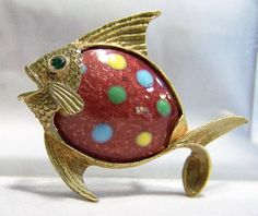 Vintage JJ copper enamel figural fish brooch Red enamel with polka dots body Textured gold tone setting, green rhinestone eye Great figural animal piece 1 7/8 x 1 1/2 inches Signed on bach J.J. Good vintage condition, shows no wear I specialize in vintage figural animal jewelry International buyers welcome, I can ship 3 items for 12$ USD, over charges are refunded Priority shipping is offered 101616   Want to see more vintage pins? Click here: https://www.etsy.com/you...