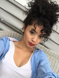 Best hairstyle for long fine hair african american natural hairstyle,bangs hairstyles brunette wedding hairstyles,curly hairstyles short one sided haircuts. Curly Bun Hairstyles, Cool Hairstyles, Wedding Hairstyles, Long Fine Hair, Long Platinum Blonde, Wedding Hair Brunette, Curly Hair Styles, Natural Hair Styles, Stylish Hair