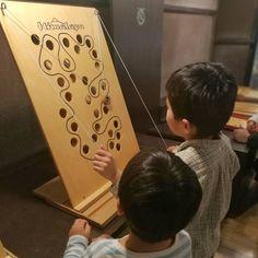 面白かった。 #toymuseum #woodtoys 2018.2.17 #子ども #kids #4歳 #7歳 #おもちゃ美術館 #四谷 #おもちゃ #四谷三丁目 #木のおもちゃ 長男リク生後7年9ヶ月2週目(小1) 次男ハル生後4年11ヶ月3週目(幼/年中)