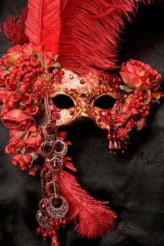 Crimson Rose by Midnight Masquerade Masks artist Katrina Pallon.But I'am Movin On Without This And My Mask.Looking For My First And Last Love Of Red. Costume Venitien, Masquerade Party, Masquerade Masks, Masquerade Attire, Masquerade Dresses, Red Mask, Beautiful Mask, Carnival Masks, Carnival Costumes