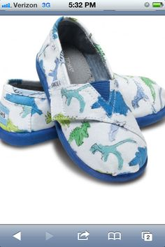Like if you wish they made these Toms in your size! <3