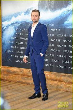 Douglas Booth Bring 'Noah' to Berlin, Premiere Film with Logan Lerman!