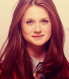 Bonnie Wright {she's really pretty}
