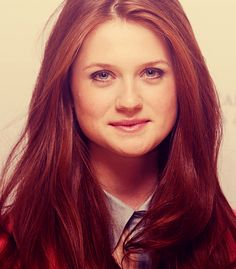 Bonnie Wright {she's really pretty}