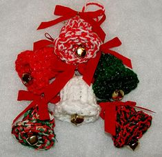 Knit up a small christmas project patterns xmas and senior crafts ravelry knifty christmas bells pattern by brenda myers dt1010fo