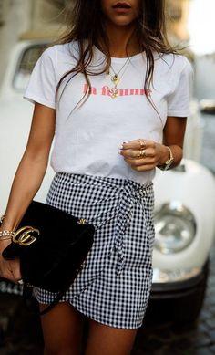 ootd: t-shirt + skirt + bag