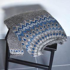 Ravelry: Project Gallery for Riddari pattern by Védís Jónsdóttir Easter Crochet Patterns, Fair Isle Knitting Patterns, Crochet Bunny Pattern, Crochet Mouse, Crochet Patterns Amigurumi, Knit Crochet, Icelandic Sweaters, Textiles, Vintage Crochet
