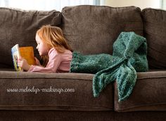 Child Mermaid Tail Blanket Knitting Pattern от MelodysMakings