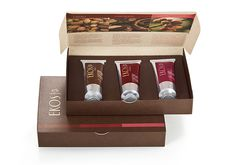 Variedade de fragrâncias em uma linda caixa decorada forma um presente especial de Ekos. Presente Natura Ekos Polpas Mãos - 3 Polpas Hidratantes -  Cacau, Castanha e Capitiú por R$ 49,50  #DiadasMães #Ekos #PolpaHidratante #Presente #Natura