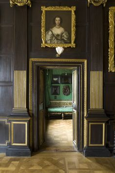 The entrance to the Green Closet at Ham from the Long Gallery. Ham House.