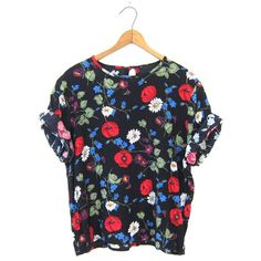 90s Boxy Floral Blouse Black Slouchy Short Sleeve Blue Tee Preppy... ($28) ❤ liked on Polyvore featuring tops, vintage tops, blue top, vintage crop top, boxy crop top and loose crop top
