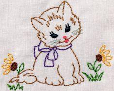 Kitty vintage con flores máquina bordado diseño 2 tamaños, 4 x 4 o 5 x 7 vintage colorwork descarga instantánea. gato, niña, niño